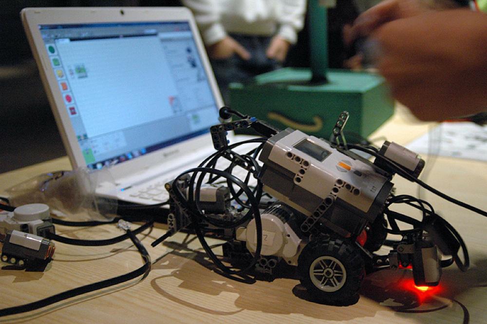 Extraescolares de robótica y programación: aprender jugando